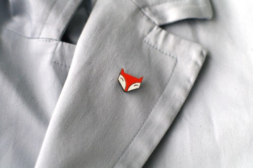 Orange fox face pin
